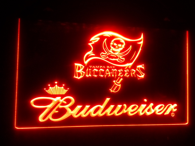 B 159 Tampa Bay Buccaneers Budweiser Beer Bar Pub Club 3d Signs LED Neon  Light