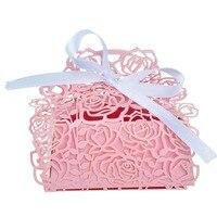 50 Pcs Rosa Laser Cut Caixas Dos Doces Com Fita Cor de Rosa Do Casamento partido Sacos Do Favor Noiva e Do Noivo Favor Criativo Mostrar Doces caixa