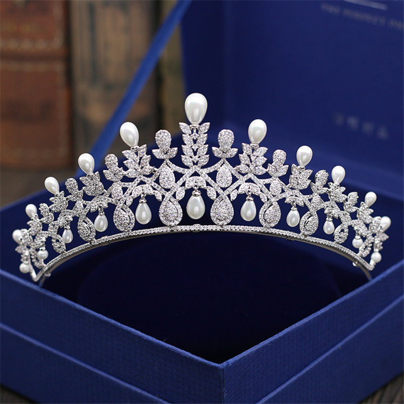 Bridal Wedding Tiaras and Crowns Sliver Hair Crown Full Cubic Zirconia Crown for Women 2018 New Hair Jewelry Accessories high quality bridal tiaras and crowns full cubic zirconia gold color wedding hair crown for women hair jewelry accessories