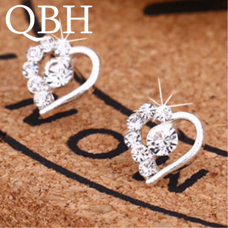 HOT Fashion Brincos LOVE Full Crystal Heart Stud Earrings For Women Ear Jewelry Boucles D'oreilles Christmas Bijoux