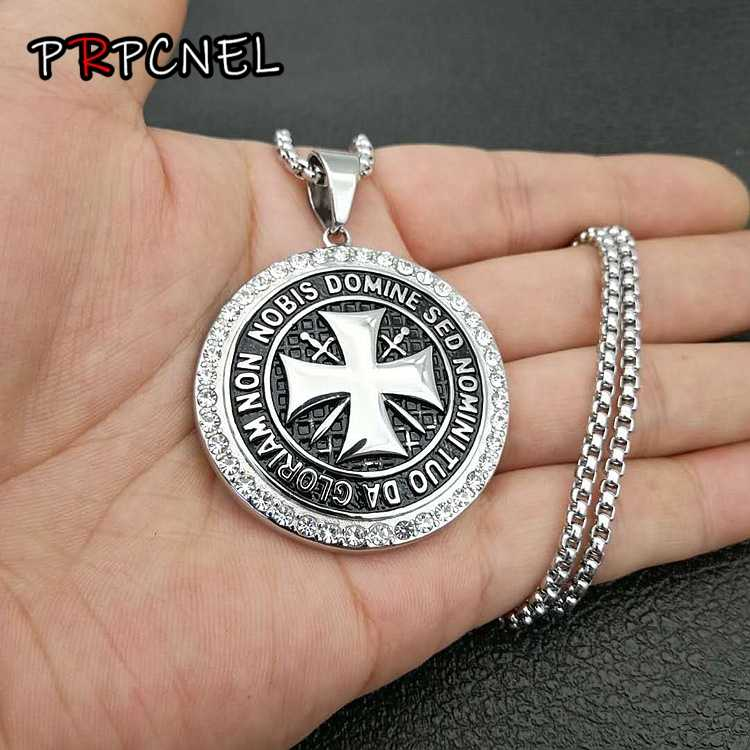 515053c8f61c Mens 316L Stainless Steel Swastika Necklace Vintage Knights Templar Pendant  Round Templar Black maltese Cross Symbol