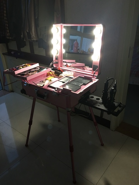 Us 420 0 Rolling Studio Makeup Artist Cosmetic Case With Light Bulb Adjustable Leg Mirror Cosmetic Black Train Table In Cosmetic Bags Cases From
