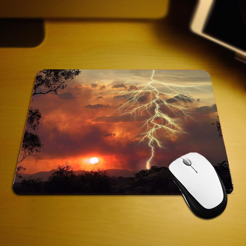 Mairuige Cool Beautiful Pictures Lightning Clouds Scenery Mousepad Small Size Mini Pc Tablets Mats for Game Player Gaming Pads