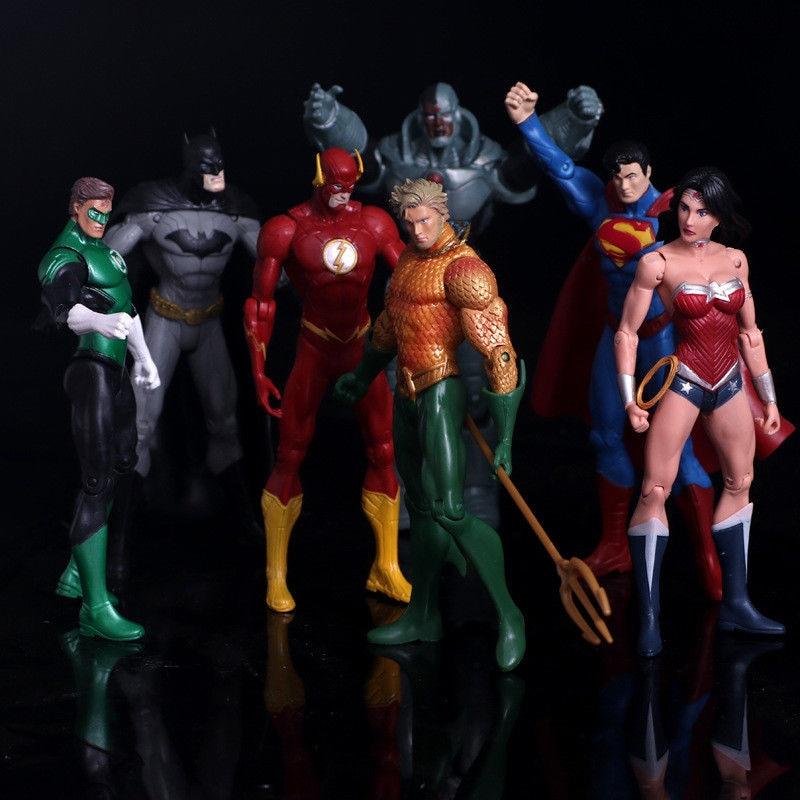 7pcs/set Justice League Superman Wonder Flash Batman Lantern Aquaman Movable 17cm PVC Action Figure Toys Model Doll For Kids