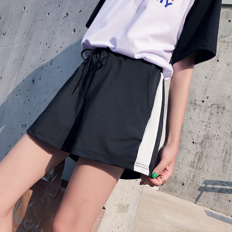2019 New Striped Sports Shorts Women's Summer Wide Legs Leisure Loose Running Students Casual Black Shorts Feminino Harajuku