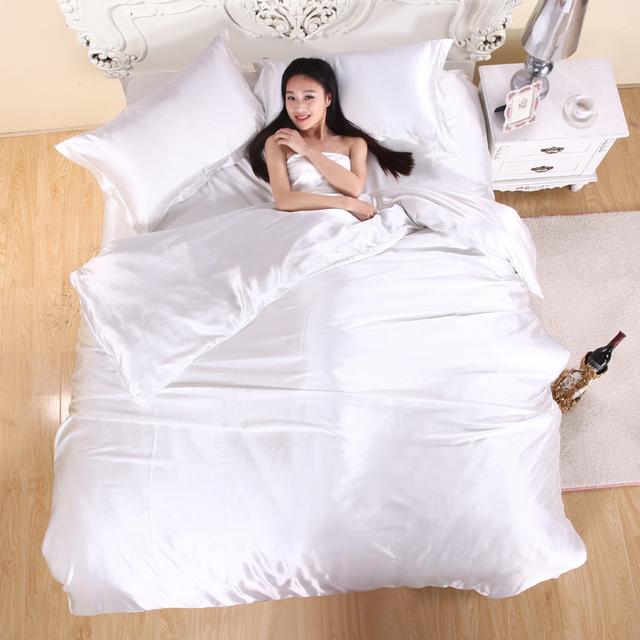 Hot Sale Pure White Silk Bedding Set Twin Queen King Bed Linen Super Silky  Soft Quilt