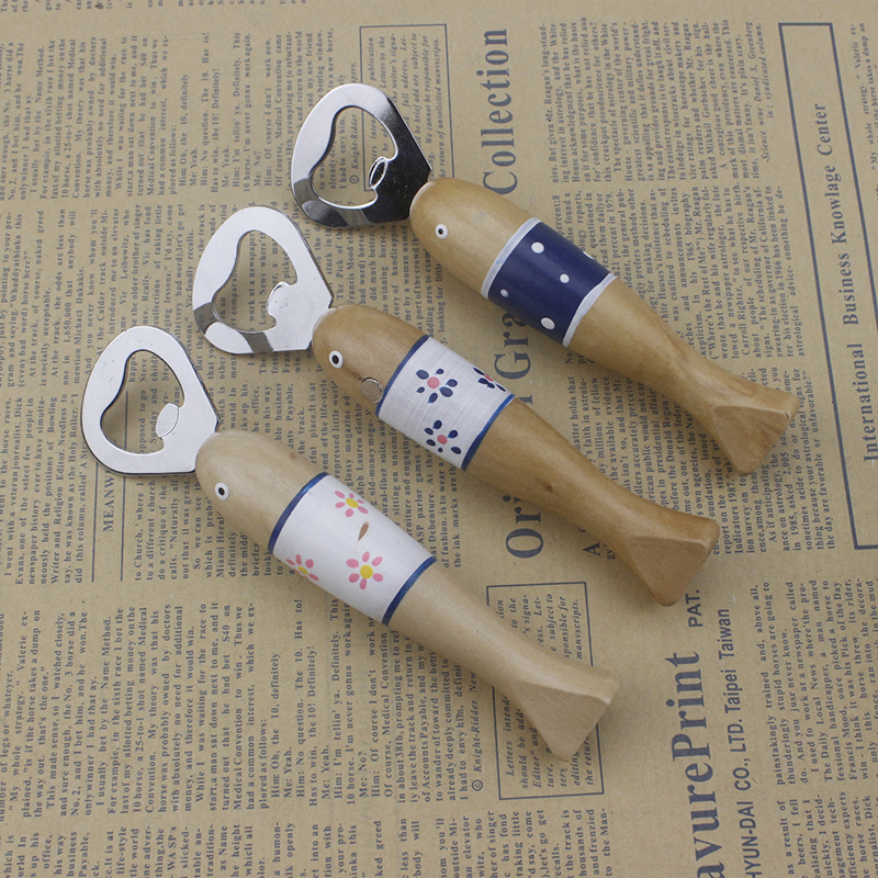 New Cute Cartoon Wooden Fish Beer Bottle Opener Stainless Steel Portable Fridge Magnetic Can Bottle Openers Kitchen Tools