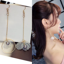 2018 Fashion Brincos Oorbellen Bijoux Asymmetry Circles Gray Simulated Pearl Petal Long Statement Drop Earrings Women Jewelry(China)