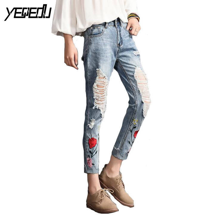 1712 2017 Summer Vintage Skinny jeans women Fashion With hole jeans with embroidery Retro Distressed