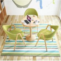 Простой прием стол и стул сочетание стол переговоров магазин кафе столы и стулья офисные повседневные круглый стол.