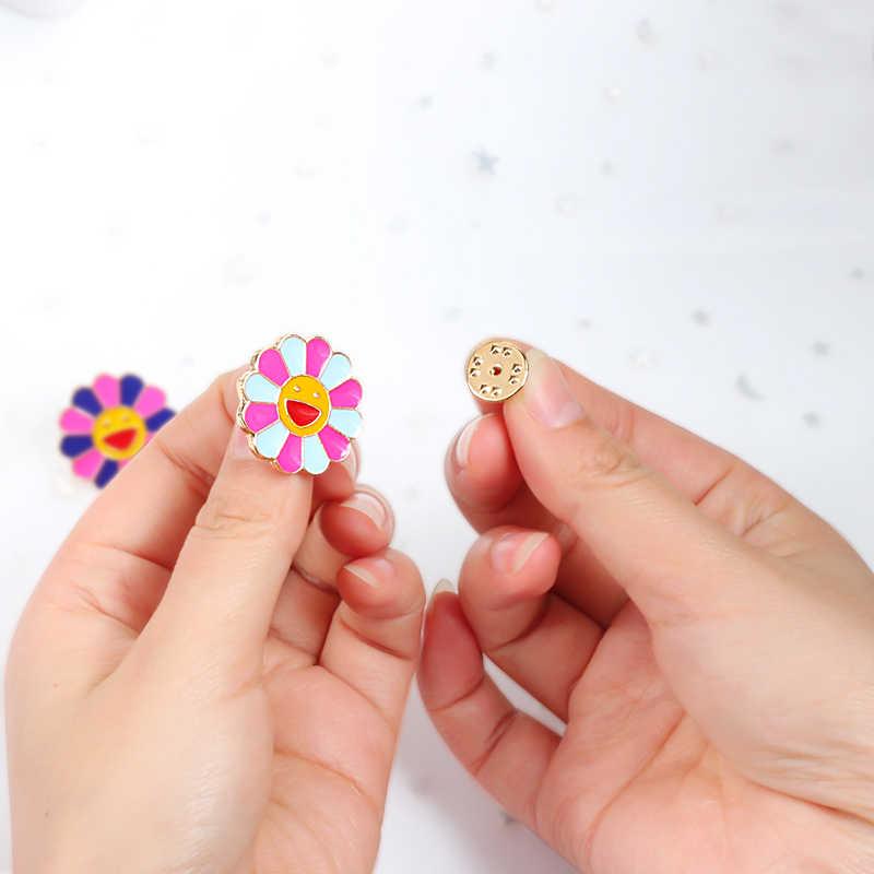 4 цвета Kpop цветы Broche модные цвета радуги эмалированные булавки Улыбающееся Солнце цветок броши милая сумка Значки для мужчин и женщин Подарки