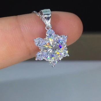 1ct Carat Moissanite Pendant Necklace Snowflake 7mm Moissanite S925 Pure Silver Platinum Plated Pendants VVS1 Free Chain