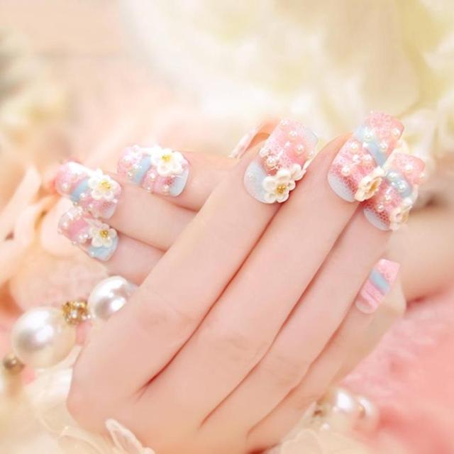 24pcs Fake Nails Beautiful Bride Wedding Glitter Carved Pearl Flower