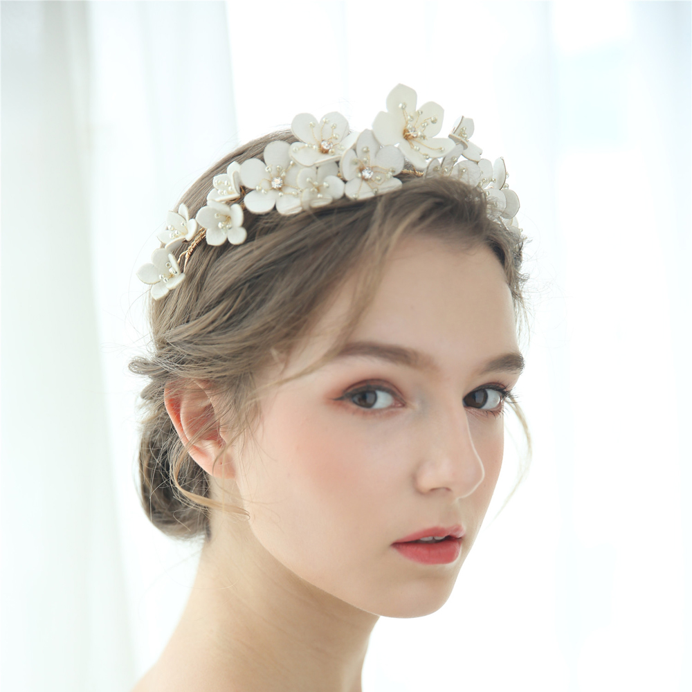 Leather Floral Bridal Crown Handmade Rhinestone Beaded Wedding Headband Party Prom Hair Jewelry Fashion Brides Hair Accessories