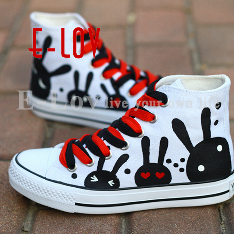 цена на E-LOV Black Rabbit Painting Designs Hand-Painted Canvas Shoes Personalized Adult Casual Shoes Cute Platform Shoes Red Shoelace