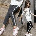 Meninas Calças Leggings Nova Chegada da Primavera 2017 Outono Letra Preta Comprimento do Tornozelo Leggings Calças Moda Meninas Roupas 7-13 anos