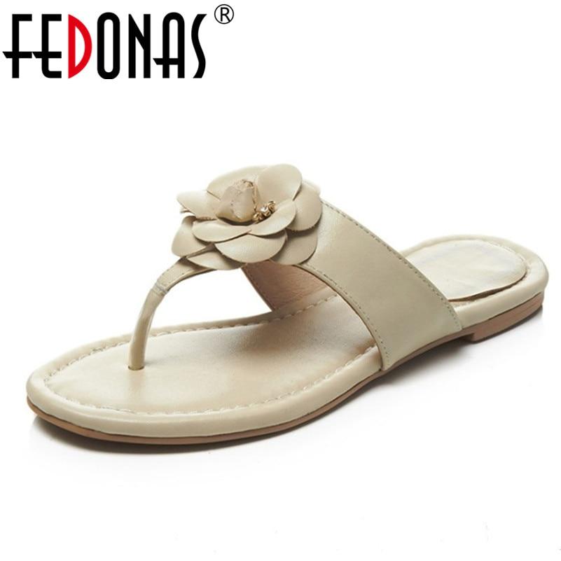 FEDONAS 2018 New Genuine Leather Women Sandals Hot Fashion Summer Sweet Flowers Women Flats Heel Sandals Ladies Shoes Slippers 2018 women sandals hot sale platform heel sandals ladies casual shoes flats women fashion