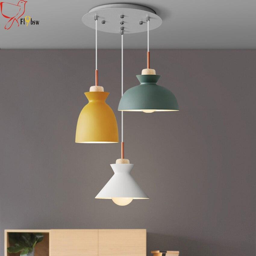 US $156.0 40% di SCONTO Moderna lampada di pendente di illuminazione per la  cucina/soggiorno/sala da pranzo nordic alluminio e legno 3 teste ...