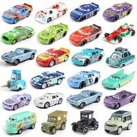 Disney Pixar-Coche de juguete para niños, vehículo de aleación de metal fundido, de Rayo McQueen, Jackson Storm y Ramírez, Cars 3