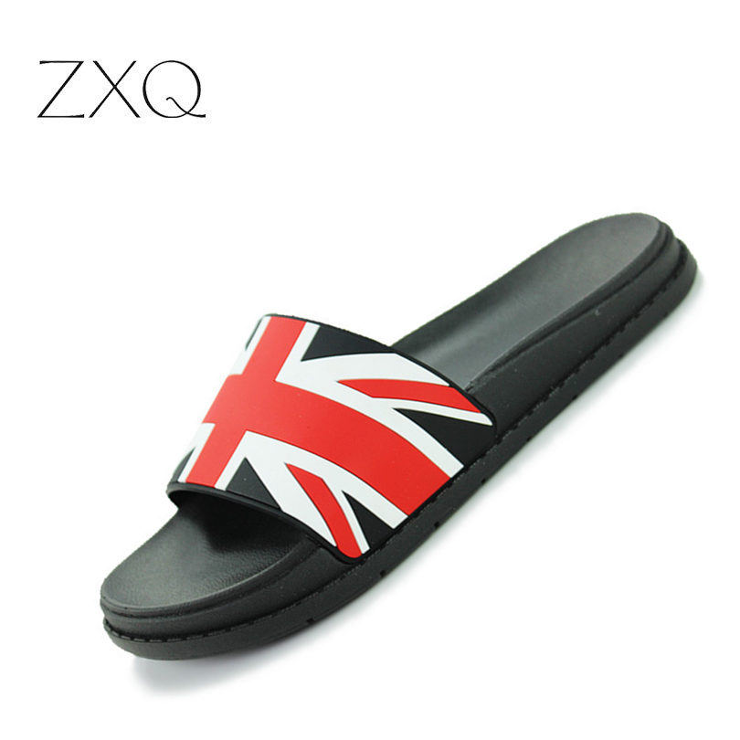 England Style Summer Soft Men Slippers Shoes Footwear Fashion Male Water Shoes Sides Leather Rubber Flat Men Sandals Beach Shoe in Slippers from Shoes