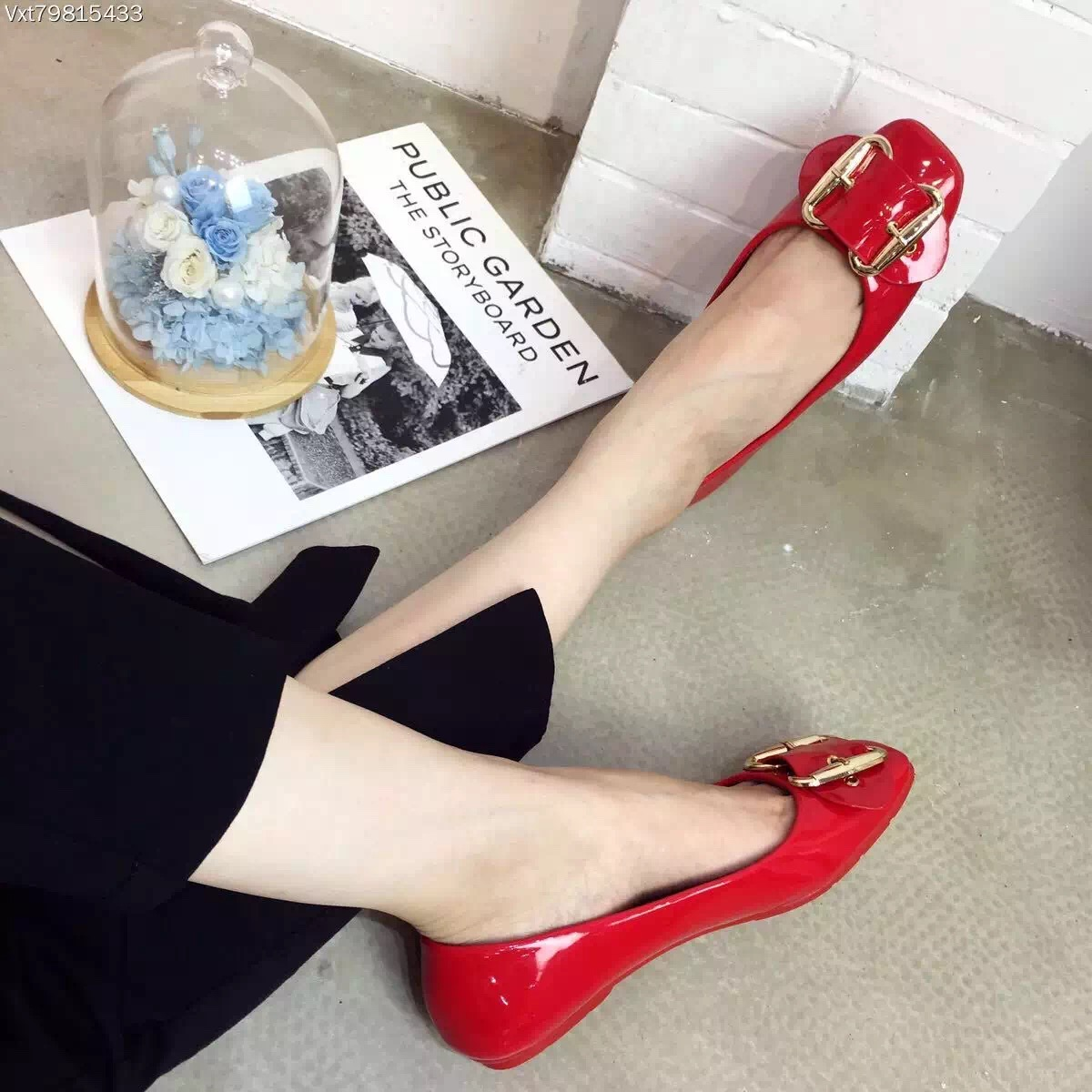 ФОТО 2016 Red Black Comfort Flat Shoes Square Metal Buckle Chaussure Comfort Femme Patent Leather Round Toe Designers Shoes