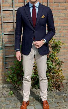 256c9a3d3a592 Del juego del novio 2015 hombres modernos de la mañana vestido de boda  esmoquin caballero azul