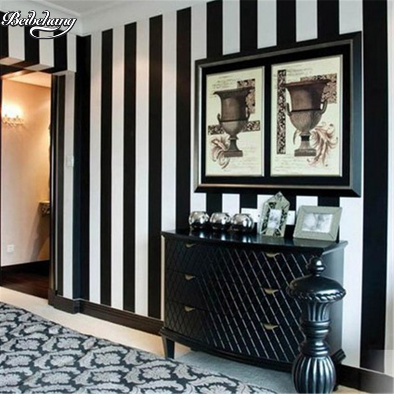 Beibehang modern simple black and white vertical striped for Black and white wallpaper for bedroom