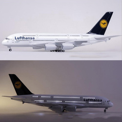 1/160 Scale 50.5CM Airplane Airbus A380 Lufthansa Airline Model W Light and Wheel Diecast Plastic Resin Plane For Collection