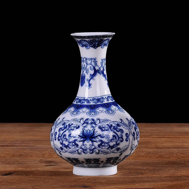 Yefine vintage home decor ceramic flower vases for for Decorating with blue and white pottery