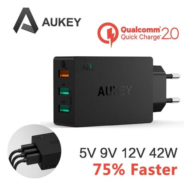 Aukey de 2.0 42 W 3 portos de parede 2 porto 5 V / 2.4A 1 porto de 2.0 para Galaxy S6 6 / S6 borda e mais
