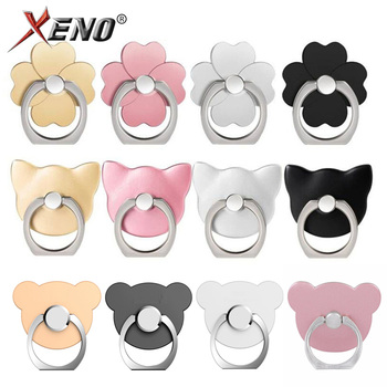 Bear head ring phone holder.
