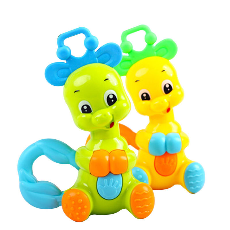 Cute Random Colorful Plastic Deer Jingle Hand Shake Rattle Baby Toys Puzzle Sound Shaking Bell Baby Toys Musical Educational Toy