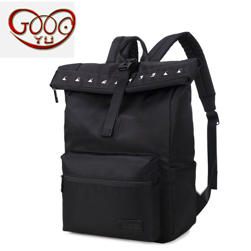 Korean version of the men's f-nylon vertical square shoulder bag College wind wear, burden, waterproof casual computer bag korean version of the first layer of leather vertical section square shoulder messenger bag in the bag fashion casual tassel lea