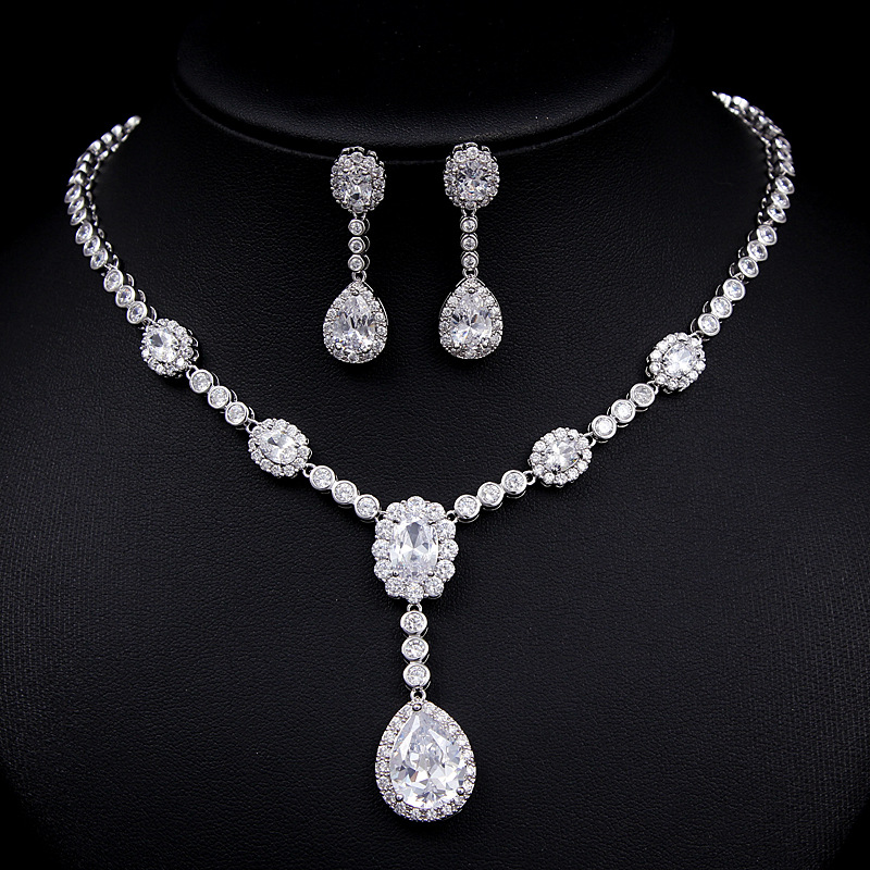 Women Jewelry Sets Including 1 Pair Floral CZ Stud Earrings & 1 Flower Chain Pendant Necklace Made of CZ Stones pair of delicate openwork rhombus pendant earrings for women