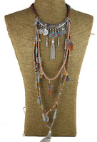Hot Fashion Golden V Shaped Hollow Fan Pattern Round Crystal Bib Pendant Necklace