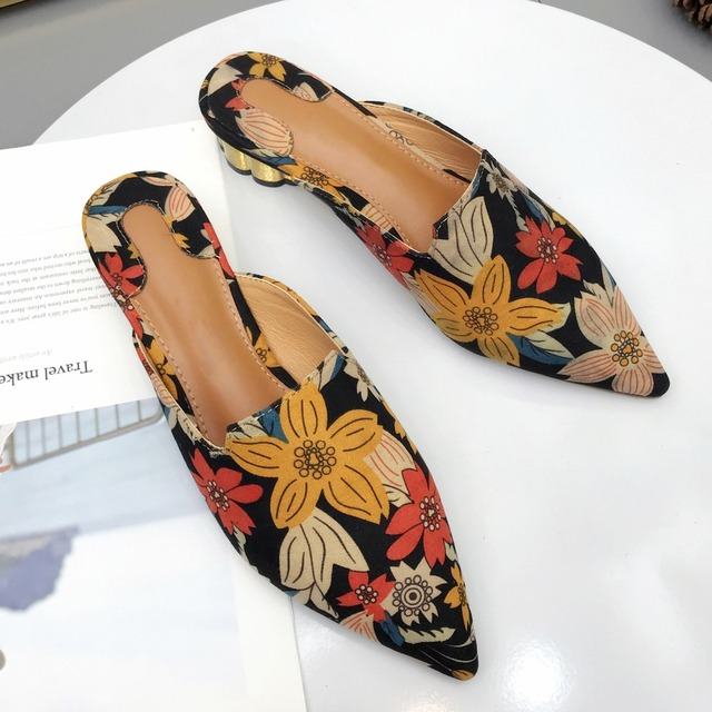 38580922a87e1 US $26.6 30% OFF|Women Bohemia Cloth Flowers Summer Slides Gold Heel 3 CM  Height Pointed Toe Slippers Slip On Mules Boho Dress Shoes-in Slippers from  ...