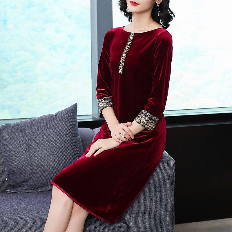 Maman velours robes printemps automne vintage grande taille o-cou genou-longueur droite solide bordeaux velours femme robes