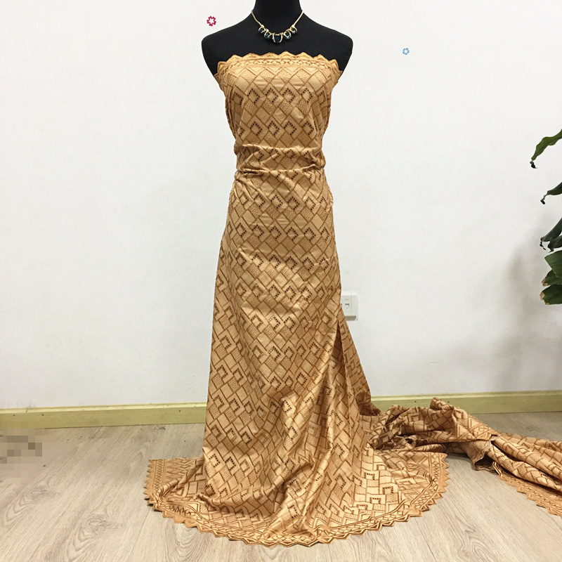 Dubai tessuto africano del merletto di colore dell'oro degli uomini svizzero di alta qualità polacco merletto 100% del cotone laces 2070 5 metri per gli uomini-in Pizzo da Casa e giardino su  Gruppo 1