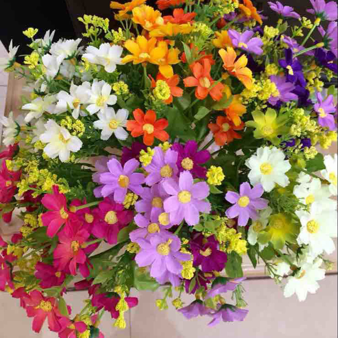 Hot sell 1 bouquet 28 heads fake daisy artificial silk for Artificial flower for wedding decoration