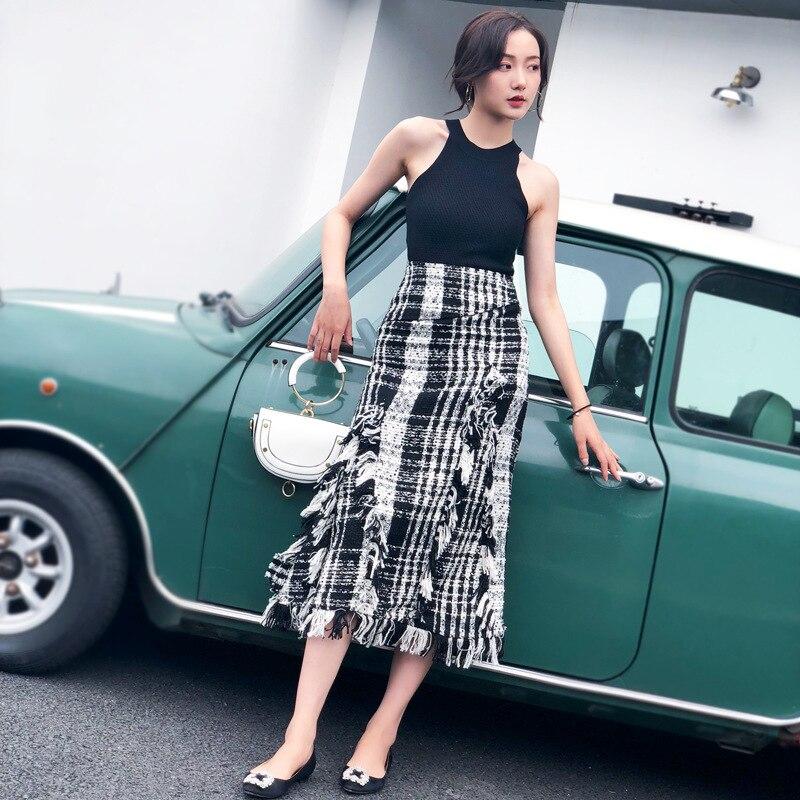 LANMREM 2019 New Spring Fashion Korean Women's Clothing Asymmetrical Plaided Ruffles High Waist Halfbody Skirts Elastic WC72301