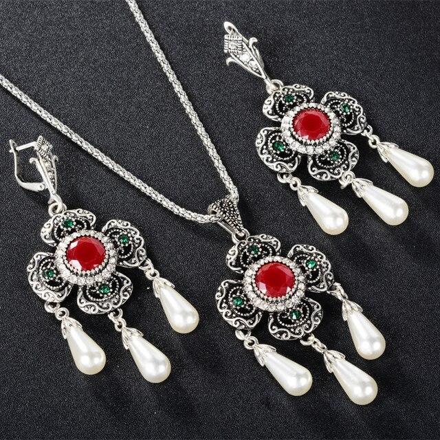 Фото ожерелье и серьги с африканским жемчугом свадебные золотые ювелирные