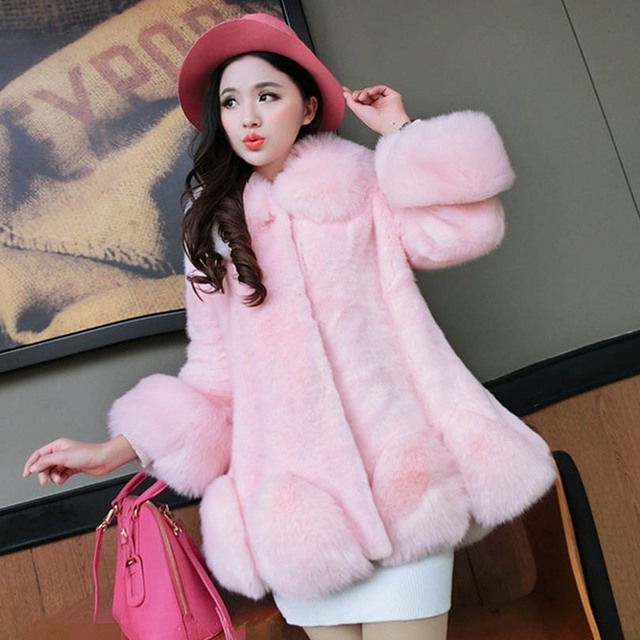 eeb784b8fcf6 Women Winter Faux Fur Coat Luxury Imitation Arctic Fox Long Coat Fashion  Noble Faux Fur Coat Thick Comfortable Warm Outwear