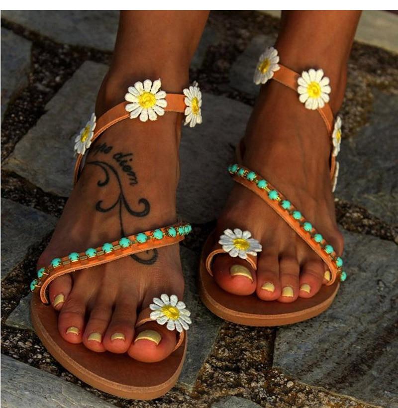 HTB13MQ1boLrK1Rjy1zbq6AenFXau Summer Shoes Woman Gladiator Sandals Women Shoes Flat Fashion Weet Flowers Boho Beach Sandals Ladies Plus Size 44