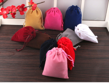 100pcs High quality velvet small drawstring bags 8*10cm jewelry bags wholesale custom velvet gift pouches for jewelry packaging
