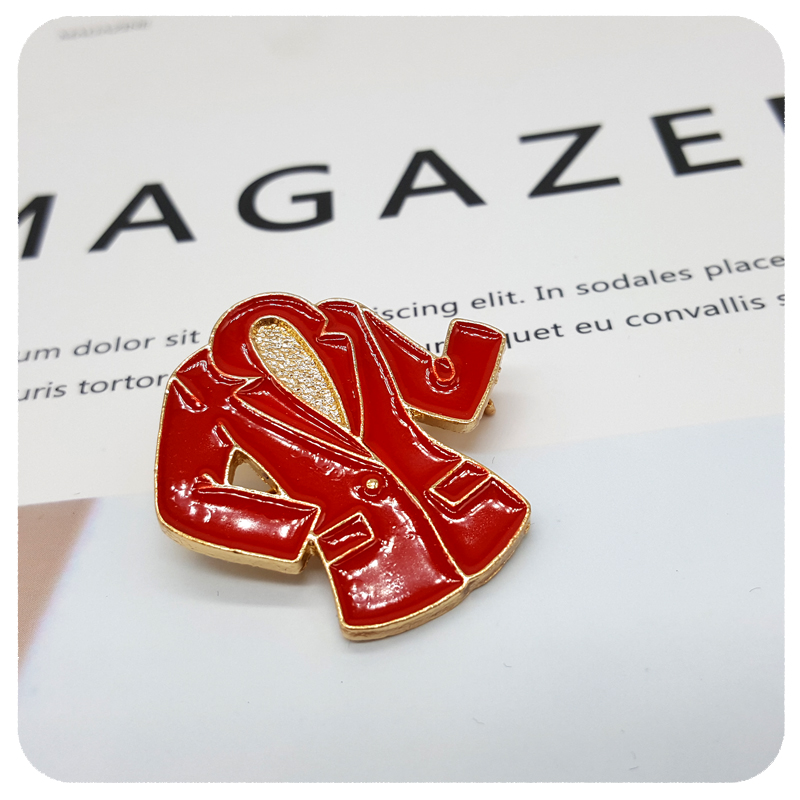 Red Lady Suit Style Brooch Lapel Pins for Mary Kay Members in Brooches from Jewelry Accessories