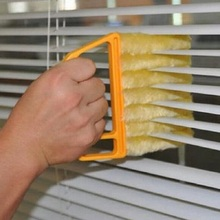 2016 New Arrival Vertical Window Blinds Brush Cleaner Mini 7 Shape Hand Held Window Brush Pinceis Novelty Households Cleaning