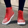 Nuevo 2016 de La Moda de Alta Superior Del Remache con cordones Zapatos Casuales de Color Rojo Zapatos inferiores Hombres Espigas Unisex Blanco Plana Dessous Rouge Chaussures