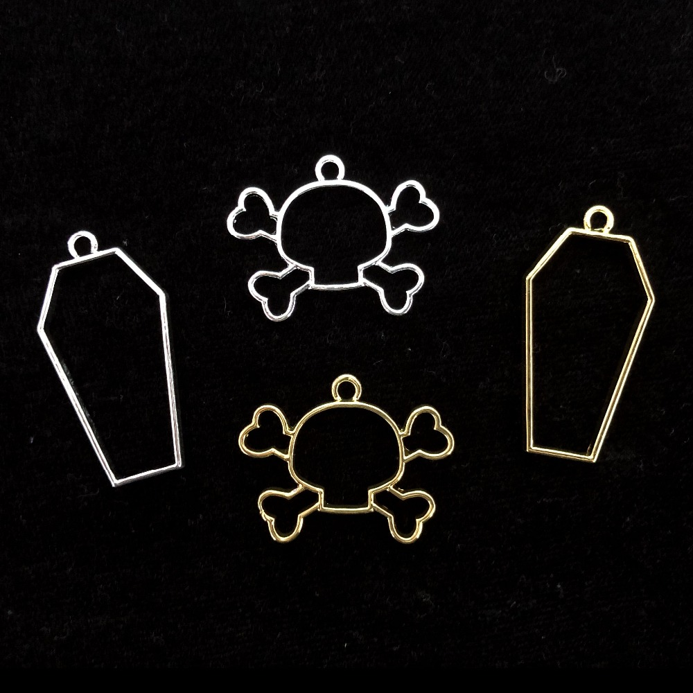 5pcs Halloween Silver Skull Open Bezels For UV Resin Jewelry Golden Coffins Hollow Frame Pendant DIY Craft Tools Accessories