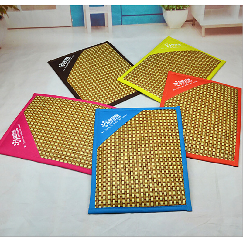 High Quality Pet Bed Cat Dofg Mat Pad For Kennels Crates and Beds Bamboo Ice Mat for Keeping Cool Summer Ice Dog Cat Mat