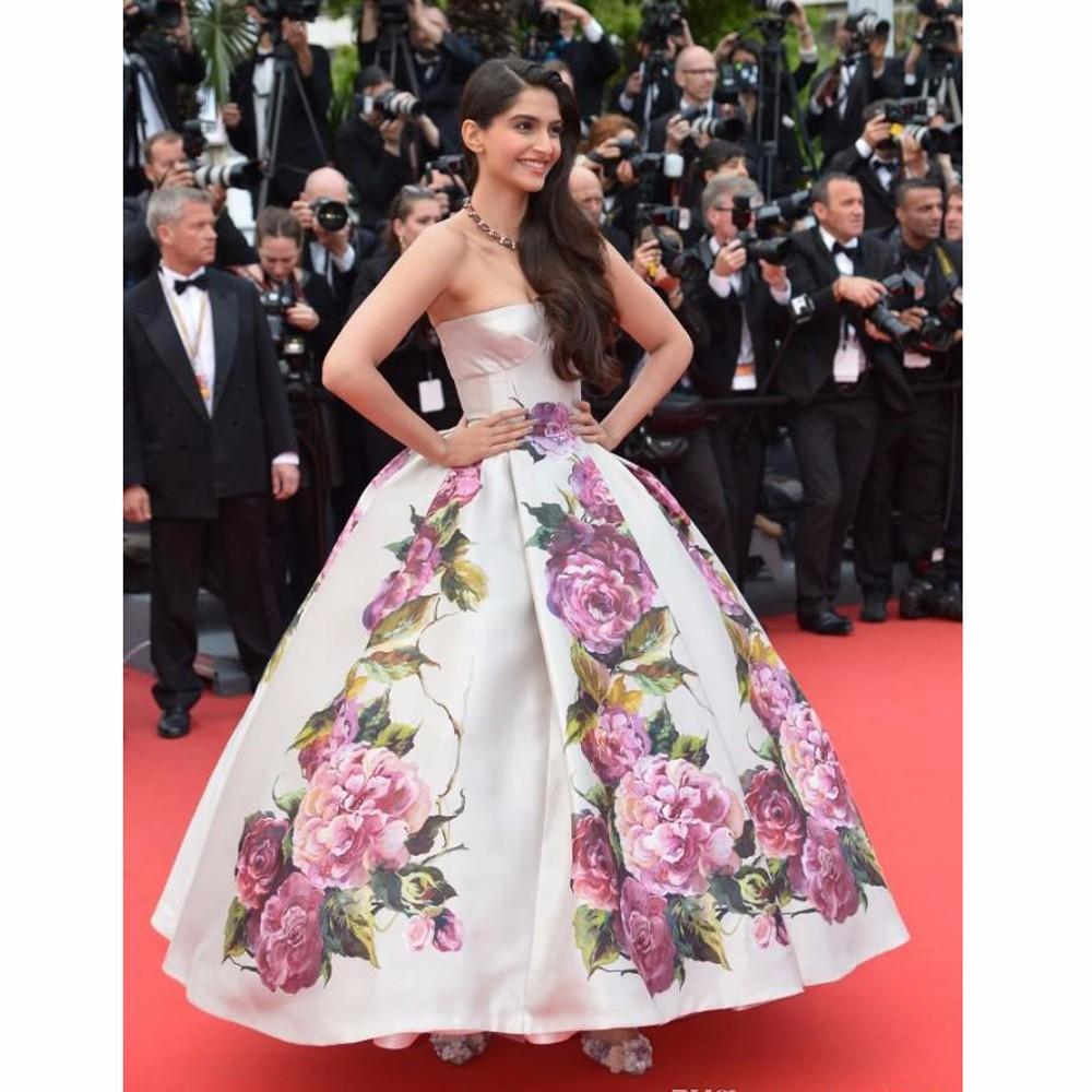 2014-distinctive-embroidered-celebrity-dresses